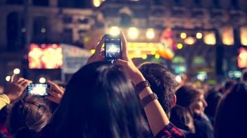 crowd-concert-1